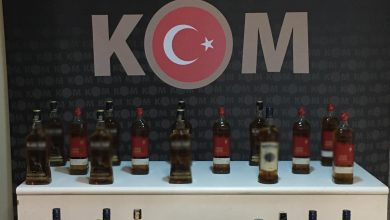 Photo of 72 badrolsüz Sigara 32 litre Kaçak sahte Alkol Ele Geçirildi